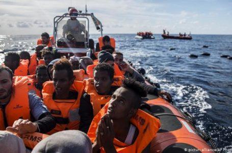 Yunanistan'dan Mültecilere Bariyer Planı